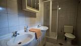 Spolocenska miestnost - kupelna s wc